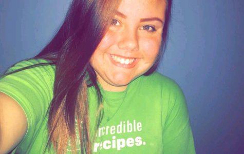 Sophomore Jordan O'Shea prepares for her job at McDonalds.