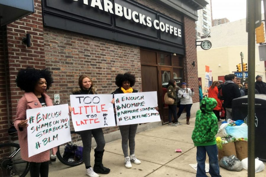 People+protesting+outside+a+Starbucks+location+%28courtesty+of+WBUR.com%29.