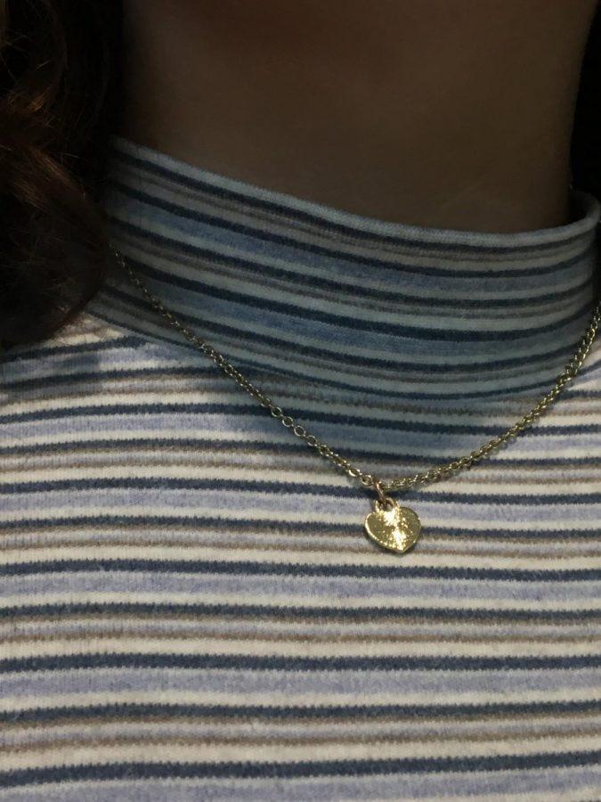 Jazlyn+Simon%27s+heart+necklace