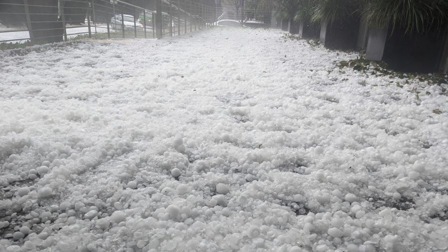 Hail+covering+the+ground+in+Canberra%2C+Australia+%28Image+courtesy+of+npr.org%29.