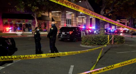Police outside of Arden Fair Mall, Sacramento, CA  after the fatal shooting on Black Friday.