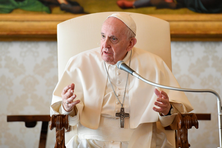 Pope+Francis+states+his+stand+on+LGBTQ+and+religion+