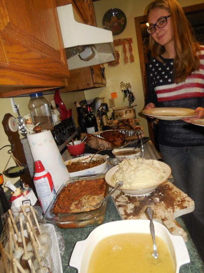 Foreign+Exchange+student+Sia+Skoryk+enjoys+an+American+Thanksgiving+Meal+with+her+host+family.
