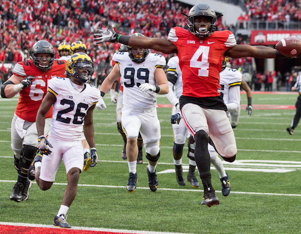 Curtis Samuel scores Ohio State the winning touchdown (image courtesy of The New York Times).