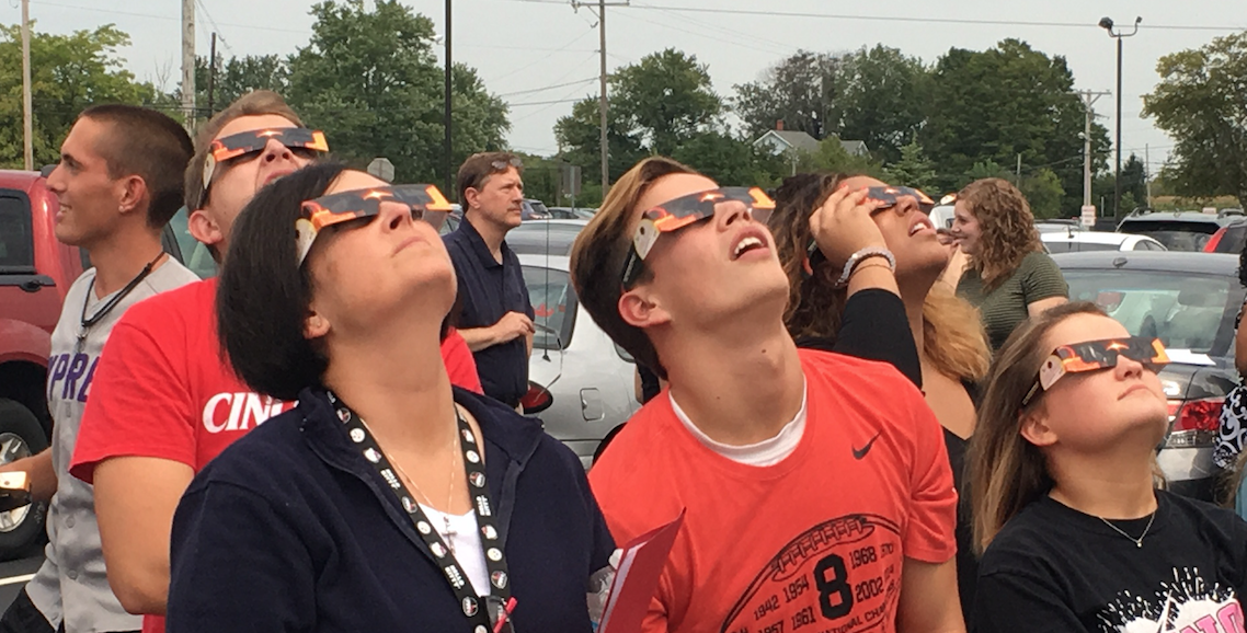 Students+in+Ms.+Julie+Marshall%27s+class+look+at+the+solar+eclipse+with+special+glasses+provided+by+the+district.