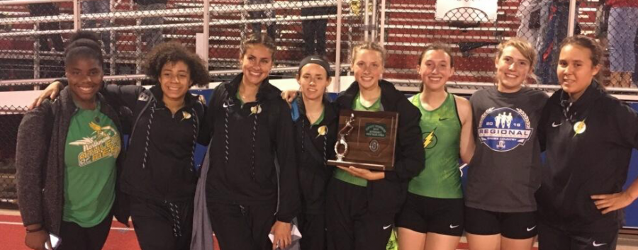 Senior+Caitlin+Hoyng+competes+at+Districts+%28courtesy+of+%40NThunderbolts+on+Twitter%29.+