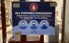 Shoppers Arent Wearing Masks, Despite Mandate